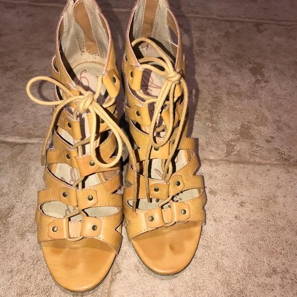 American Rag Shoes - Women's tan American rag wedges